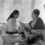 Кеңес және қазақ опера әншісі, актриса Бибігүл Ахметқызы Төлегенова және суретші, Қазақ КСР еңбек сіңірген өнер қайраткері Гүльфайрус Мансұрқызы Исмаилова. 1965 жыл
