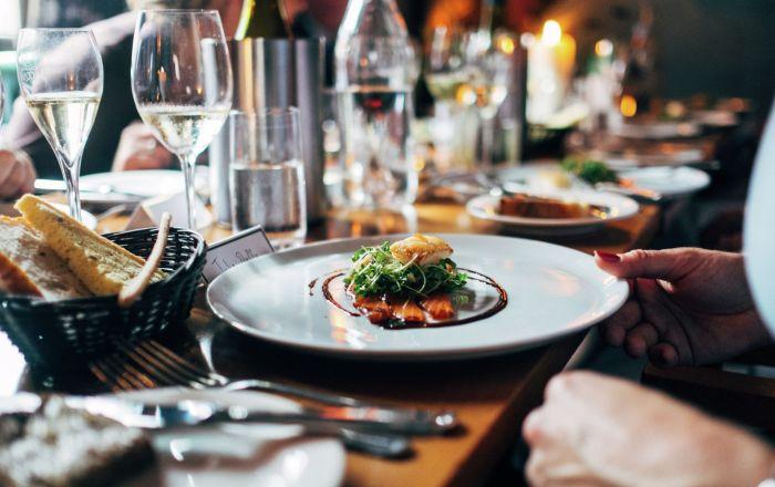 Рассказываем, к кому идти за самой вкусной кухней, приятной беседой и лучшими кулинарными советами