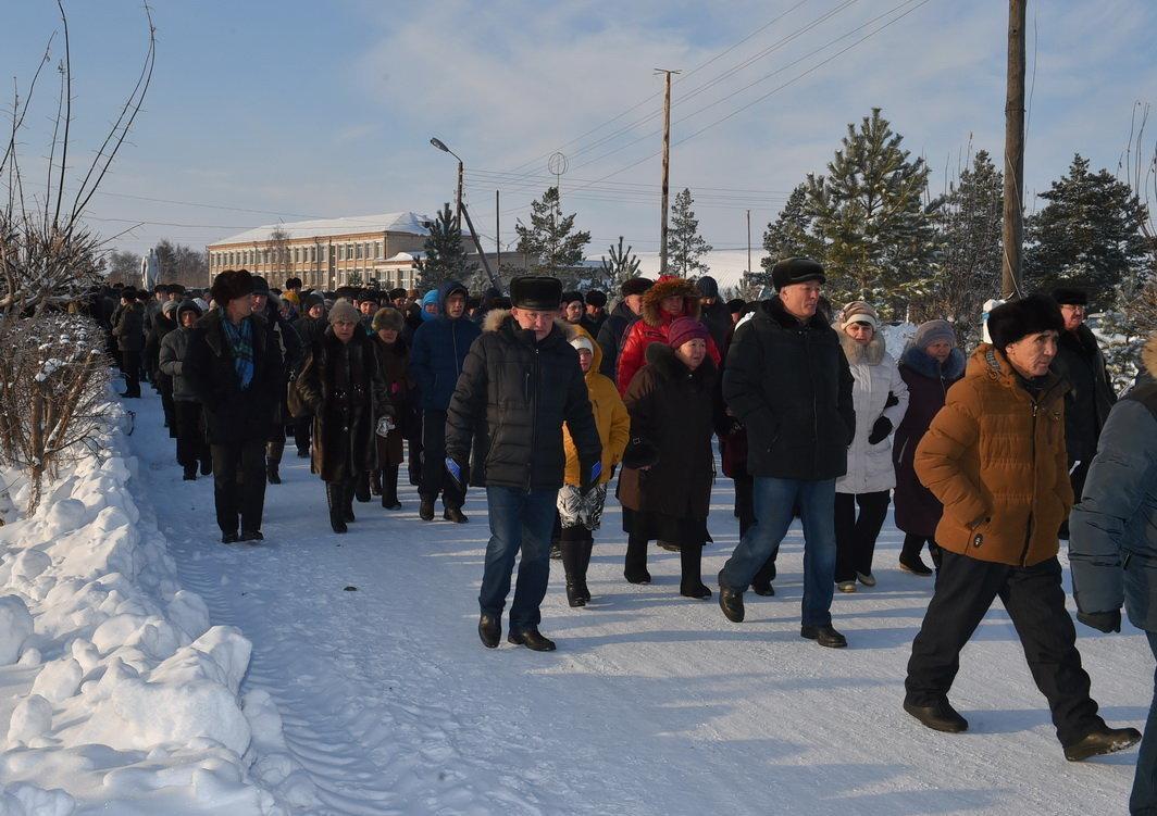 Североказахстанцы прощаются с Геннадием Зенченко