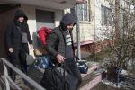 Жильцы накренившего дома в Алматы боятся за свои жизни