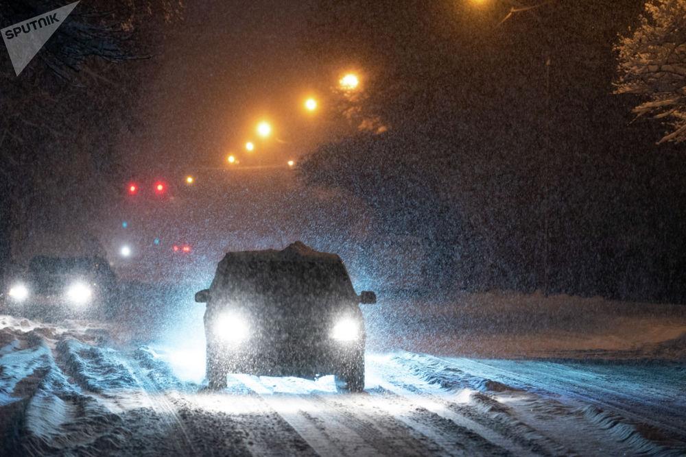 Ночной снегопад в Алматы