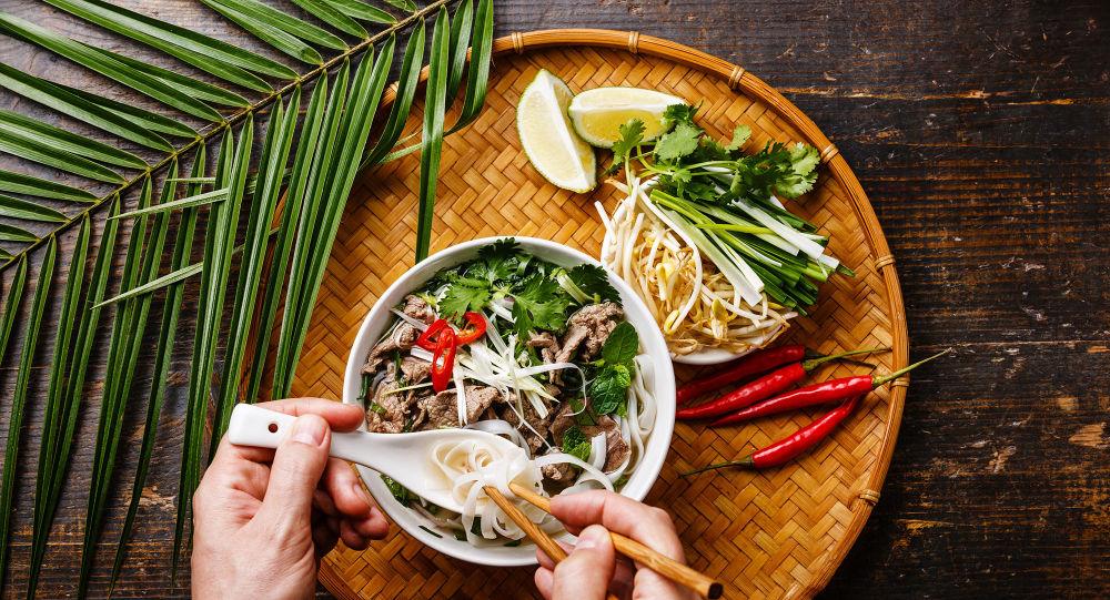 Азиатская кухня в Нур-Султане для гастротура в стиле «Юго-Восточная и дальневосточная Азия»