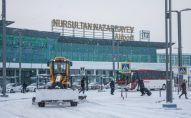 Аэропорт Нурсултан Назарбаев в снегу