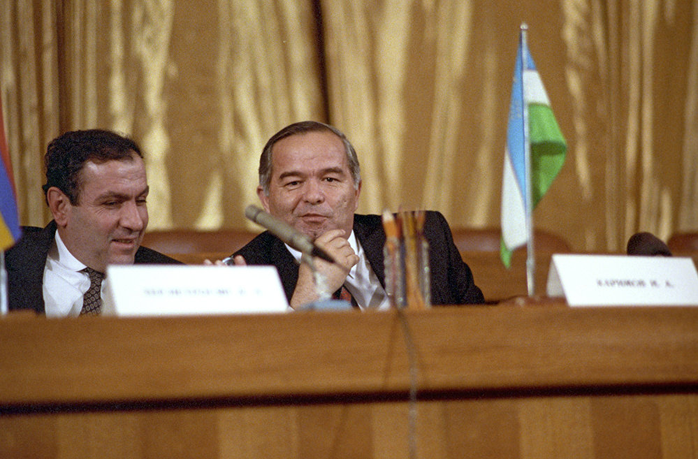 Армения және Өзбекстан президенттері Левон Тер-Петросян мен Ислам Каримов
