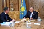 Первый президент Казахстана Нурсултан Назарбаев встретился с председателем мажилиса парламента Нурланом Нигматулиным