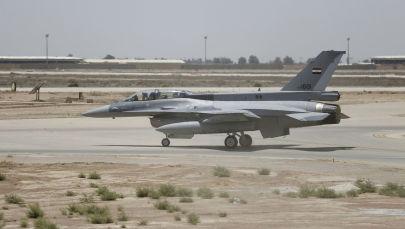 АҚШ-тың F-16 әскери ұшағы Ирактың Балада әскери базасында, архивтегі сурет