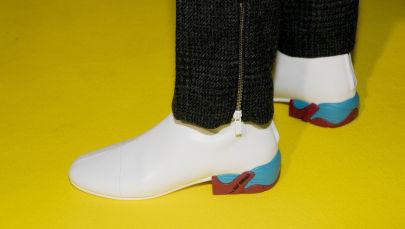 Раф Симонс запускает собственную линию спортивной обуви