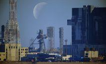 Транспортировка ракеты-носителя на стартовую площадку космодрома Байконур, архивное фото