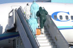 Увезли с коронавирусом из самолета! Учения в аэропорту Алматы - видео