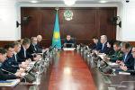 Премьер-министр Казахстана Мамин провел совещание по вопросу защиты населения от коронавируса
