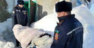 Спасатели эвакуируют роженицу в Акмолинской области