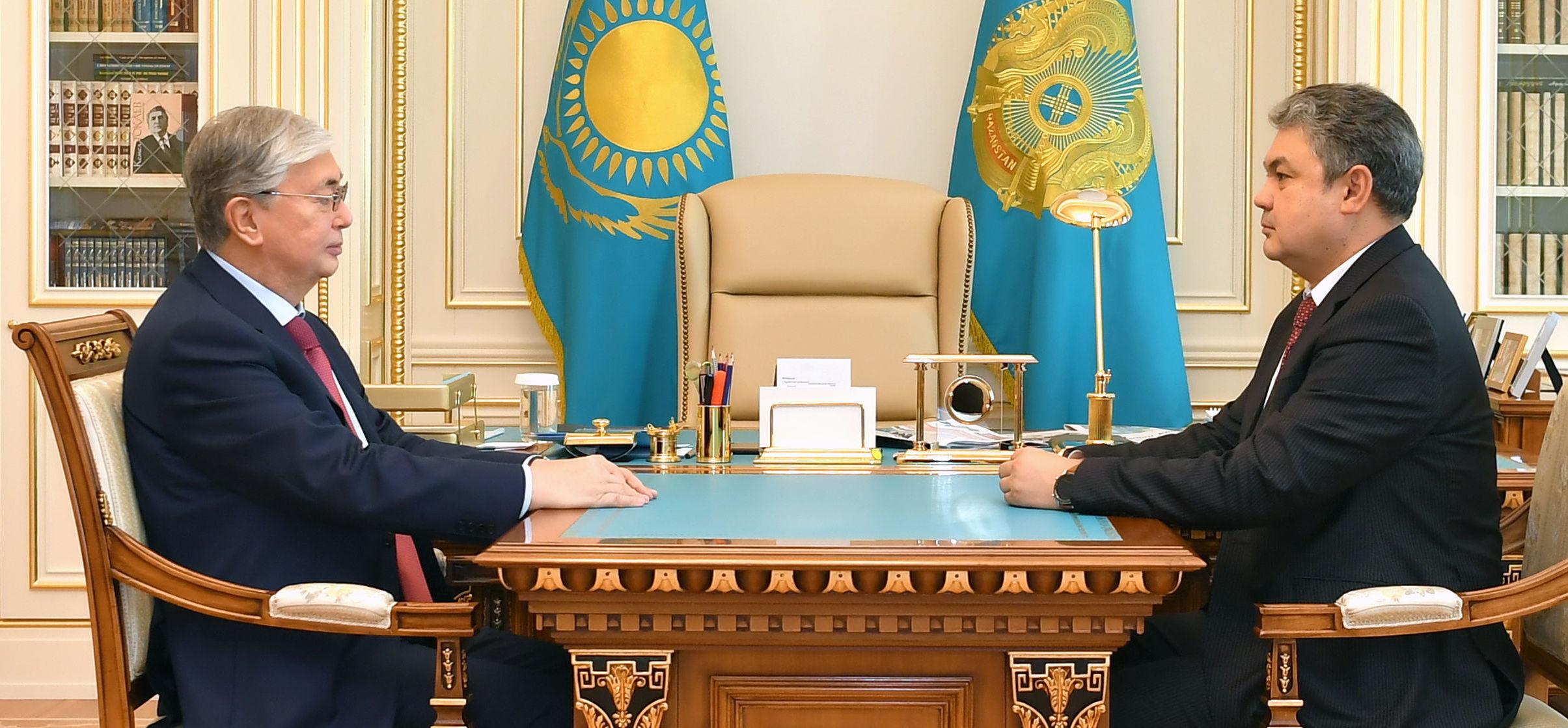 Касым-Жомарт Токаев принял вновь назначенного посла Казахстана в России Ермека Кошербаева