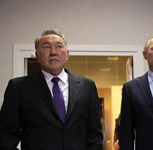 Президент РФ Владимир Путин и президент Казахстана Нурсултан Назарбаев