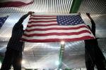 Иран начал выпускать флаги США, чтобы сжигать