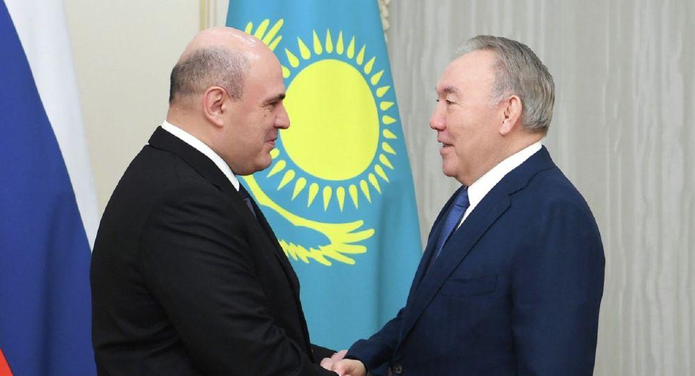 Нұрсұлтан Назарбаев пен Михаил Мишустин