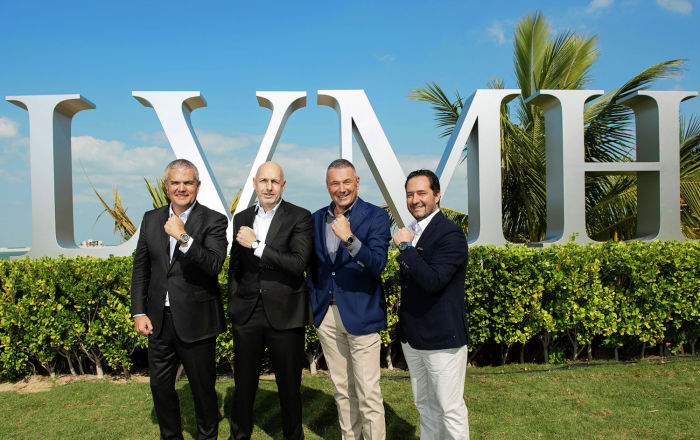 Bvlgari показали новую коллекцию часов на выставке LVMH