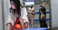 Пассажиры в масках