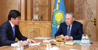 Нұрсұлтан Назарбаев пен  Бауыржан Байбек