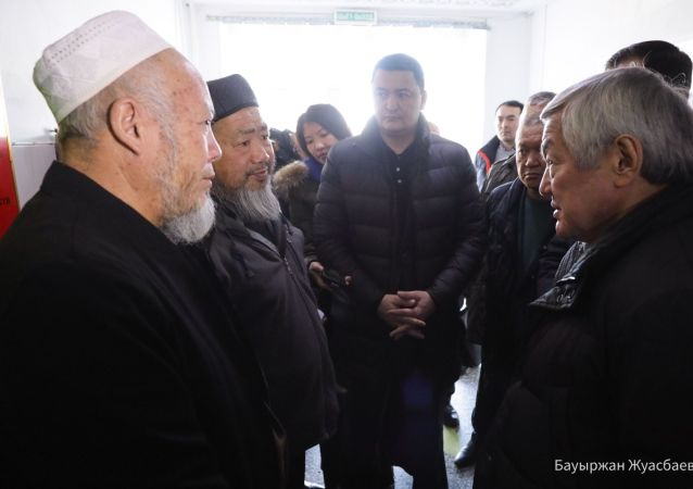 Б. Сапарбаев встретился с аксакалами Кордайского района