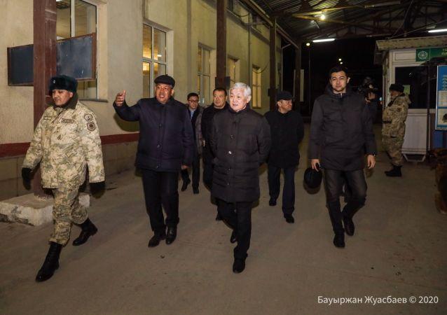 Вице-премьер Бердибек Сапарбаев совершил ночной объезд в Кордайском районе