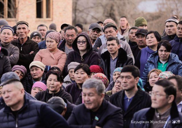 На встречах  с правительственной комиссией жители поселков Кордайского района призывали к объективномру расследованию