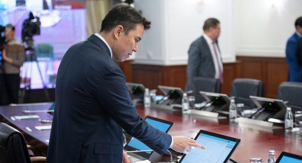 Министр национальной экономики Даленов Руслан