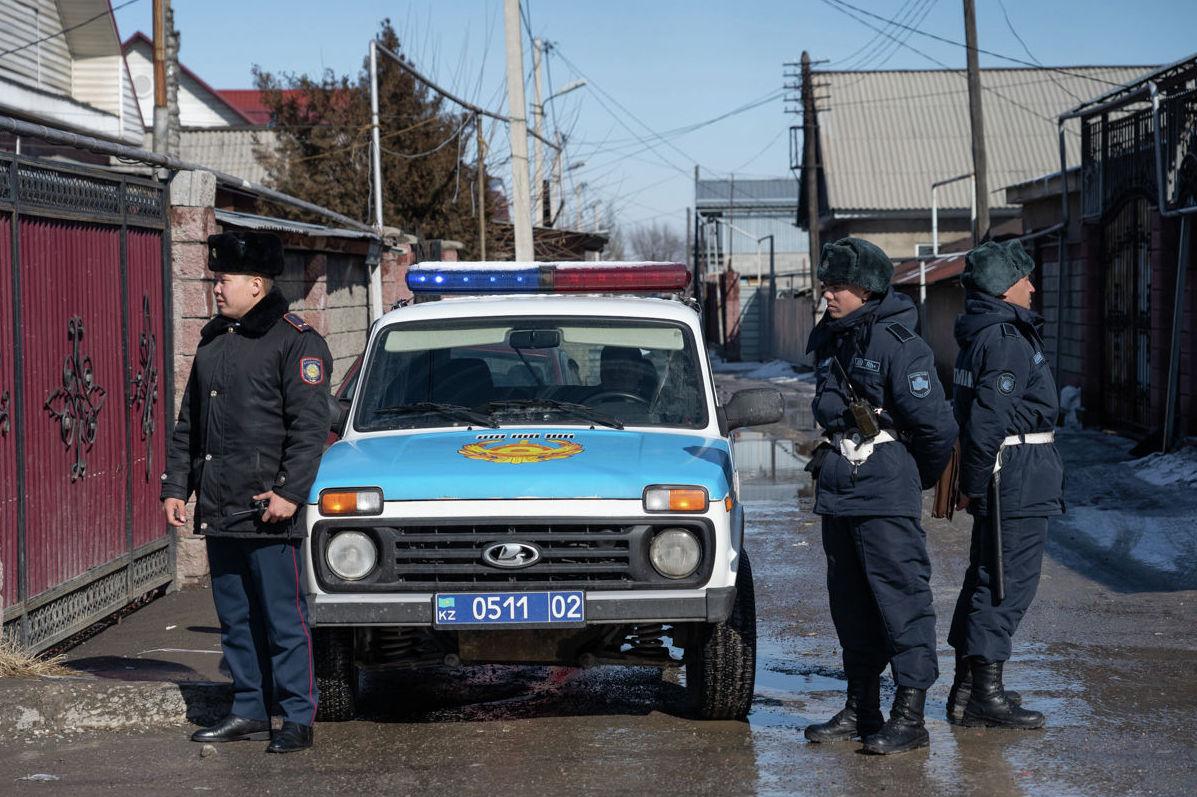 Микрорайон охраняют бойцы Национальной гвардии