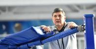 Тренер Галымбек Кенжебаев