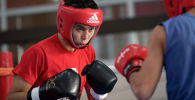 Сакен Бибосынов. Тренировка сборной по боксу
