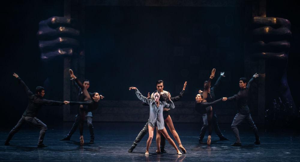 В Алматы завершились гастроли театра Астана Балет
