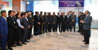 Токаев встретился с представителями дунганской диаспоры