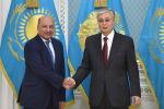 Президент Казахстана Касым-Жомарт Токаев и глава ЕБРР Сума Чакрабарти