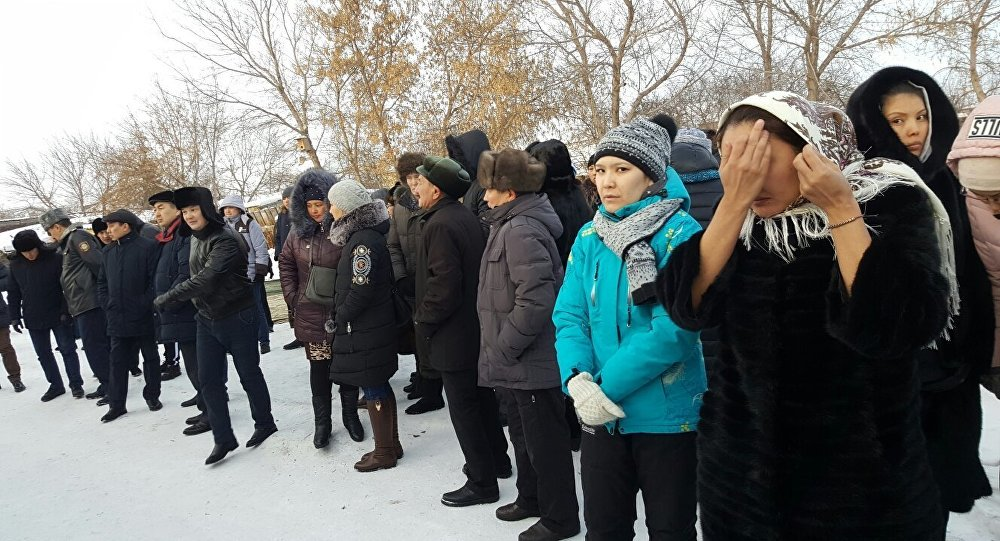 Похороны застреленного полицейского Дархана Еламанова в Акмолинской области