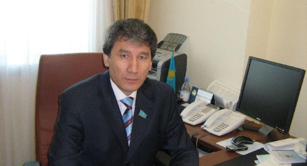 Шавхат Утемисов