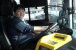 Елордада автобус айдайтын көпбалалы ана