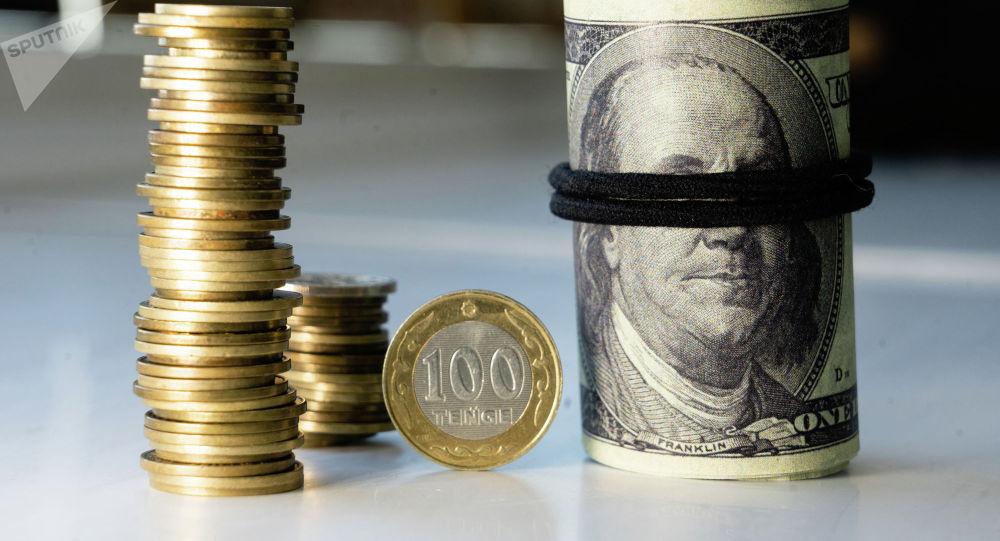 Деньги, тенге, доллары