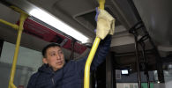 Чем и как обрабатывают салоны автобусов из-за угрозы коронавируса – видео