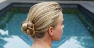 Стилист из Нидерландов Фиона Франшимон решила сделать задачу значительно проще и придумала шпильки, которые готовы заменить целый арсенал стилиста по волосам