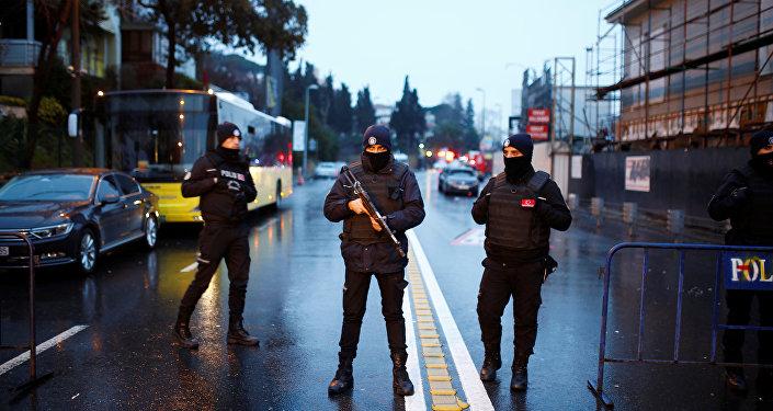 ВСтамбуле из-за террориста закрыли две станции метро