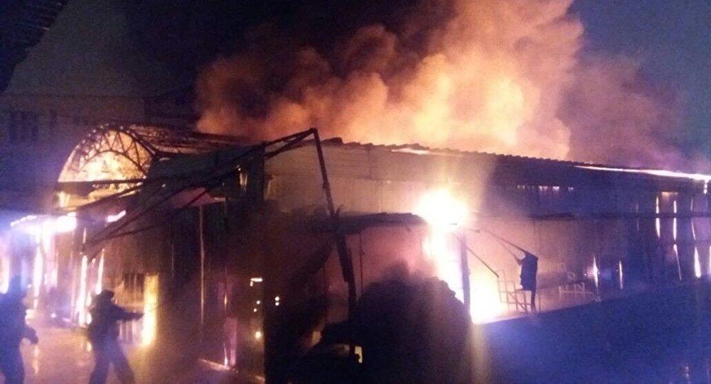 ВАктау произошел интенсивный пожар на основном рынке «Масат»