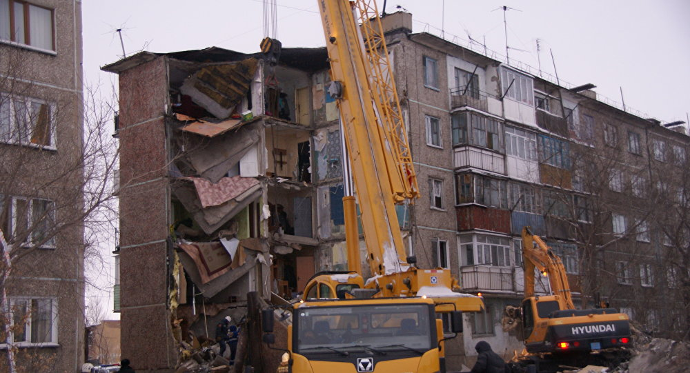 Обрушение жилого дома в Шахтинске