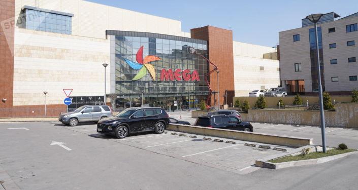 Торгово-развлекательный центр MEGA  в Алматы