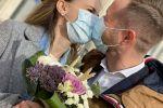 Журналисты Иван Тулинов и Ирина Шрайбер поженились во время ЧП в Казахстан и накануне закрытия столицы на карантин