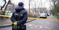 Полиция и Нацгвардия заблокировала жителей 5 домов в Алматы из-за карантина - видео