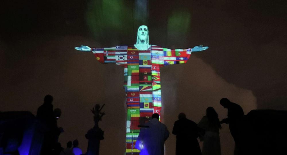 Бразилияның символына айналған алып ескерткіште Қазақстан туы пайда болды