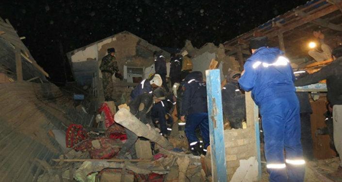 Обрушение дома в Шымкенте