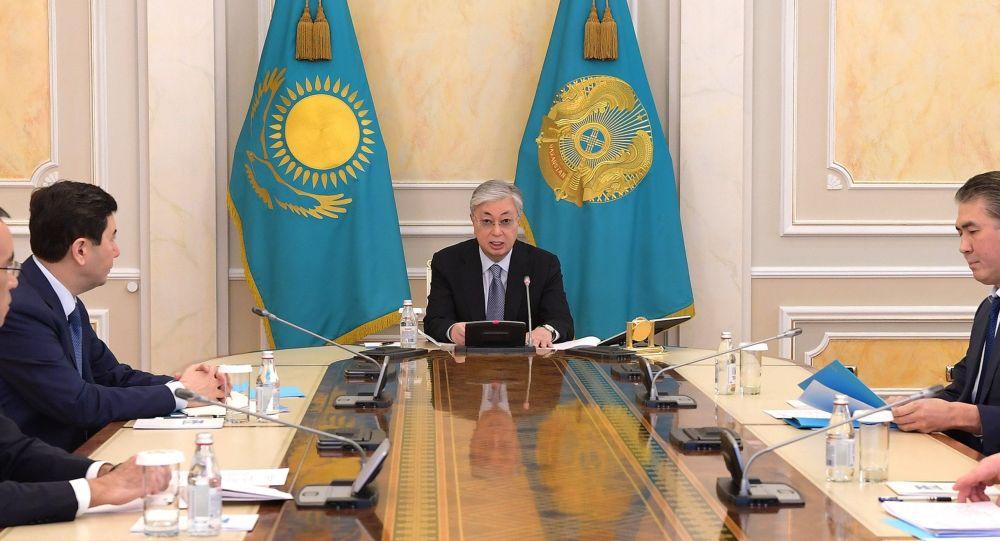 Токаев провел заседание госкомиссии по чрезвычайному положению
