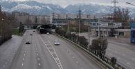 Алматы без транспорта на дорогах