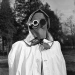 Эта маска для лица была рекомендована в качестве защиты от радиоактивных осадков в Гамбурге в 1957 году