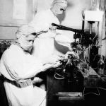 Медсестры в защитных масках в английском госпитале в 1943 году
